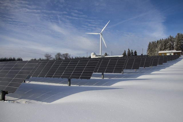 Heavyweight wind developers are betting on solar