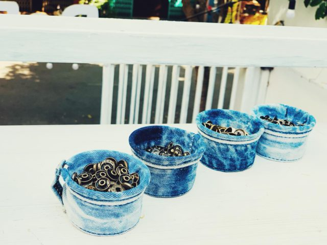 diy jeans containers