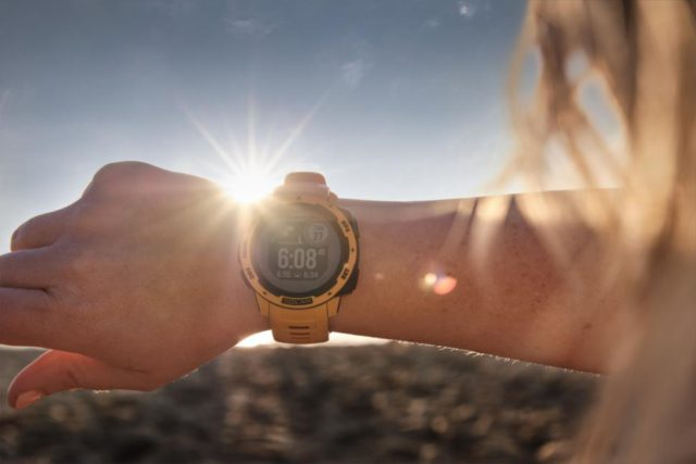 Solar Powered Smartwatch for Eco-Friendly Shopping
